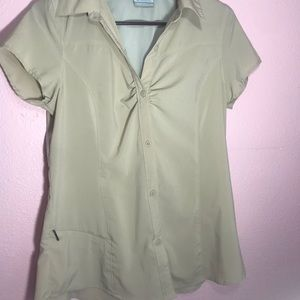 Columbia sport button up